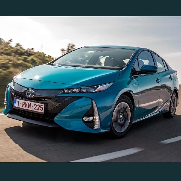 Toyota Siapkan Prius Terbaru untuk 2019
