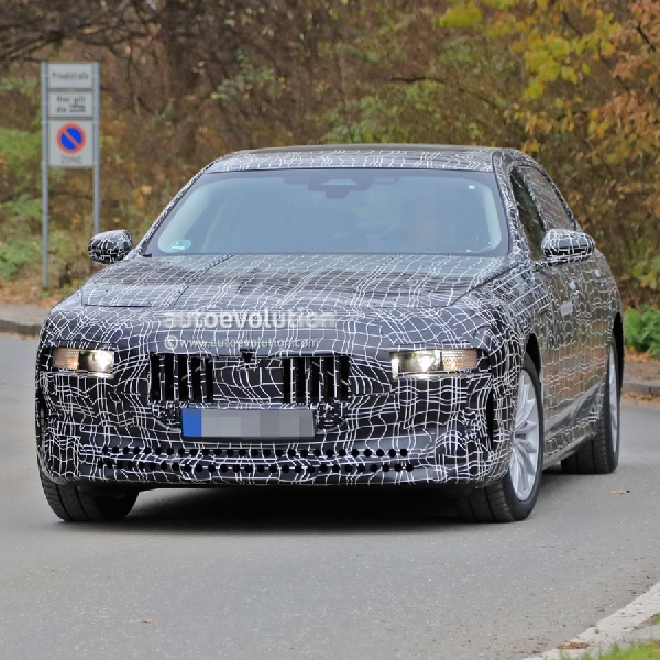 Prototipe BMW 7 Series dan i7 Electric Generasi Berikutnya Membawa Teknologi Self-Driving