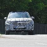 Prototipe Mercedes-Benz GLC 2023 Dibekali Lampu Depan dan Lampu Belakang Produksi