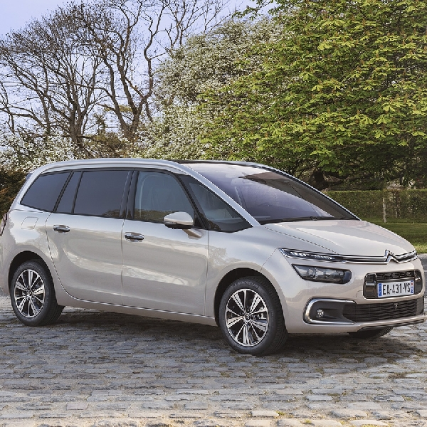 Grand C4 Picasso Raih MPV Terbaik di Auto Express Used Car Awards