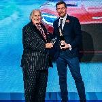 Aston Martin Didapuk Sebagai Luxury Brand of the Year