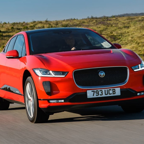 I-PACE Raih Gelar Best Electric Vehicle dari Majalah BBC