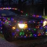 Rayakan Hari Natal Bersama Camaro Berbalut Lampu Multi Warna