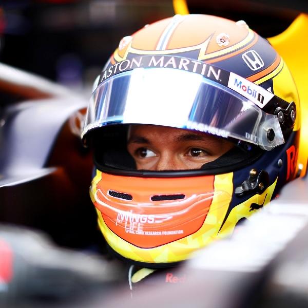 F1: Red Bull Pertahankan Alex Albon untuk Musim Depan