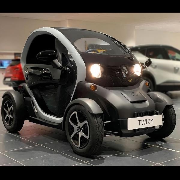 Renault Twizy, Open Wheeler Full Elektrik Pertama Dijual Rp400 jutaan