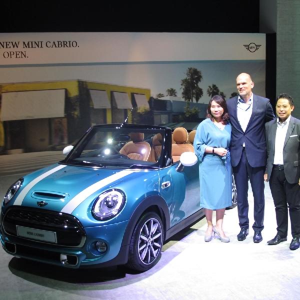 Resmi Melantai, Mini Cabrio Teranyar Tawarkan keseruan dalam Berkendara