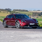 Review Lengkap Porsche Taycan Cross Turismo 2021