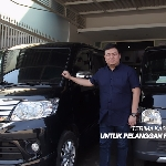 Kisah Roberto Hadi Pengusaha Konveksi dengan Mobil Luxio dan Grand Max, Bareng Pasangan Ngetrip ke Jepang