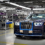 Lelang Rolls-Royce Phantom VIN-001 2018 untuk Amal