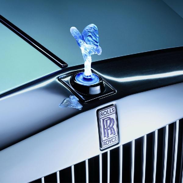 Menjawab Rumor, Rolls-Royce EV Pertama Kemungkinan Meluncur Sebelum 2030