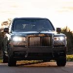 Rolls-Royce Merayakan Rekor Penjualan 116 Tahun
