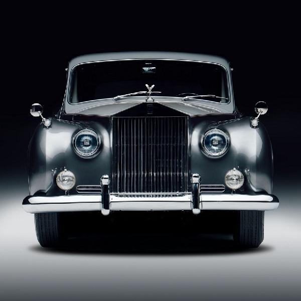 Mobil Klasik Rolls-Royce Listrik Dibandrol Harga Mulai Rp 6,8 Miliar