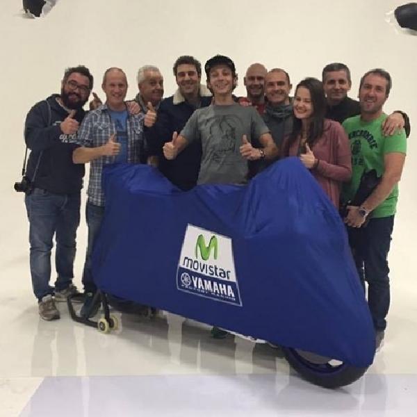 MotoGP: Rossi Goda Penggemar dengan Tampilan M1 2016