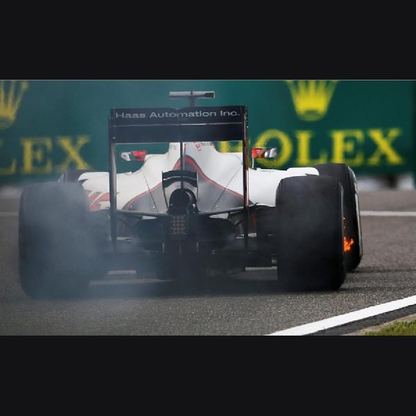 F1: Tragis, Rem Mobil Haas Terbakar di Sesi Latihan
