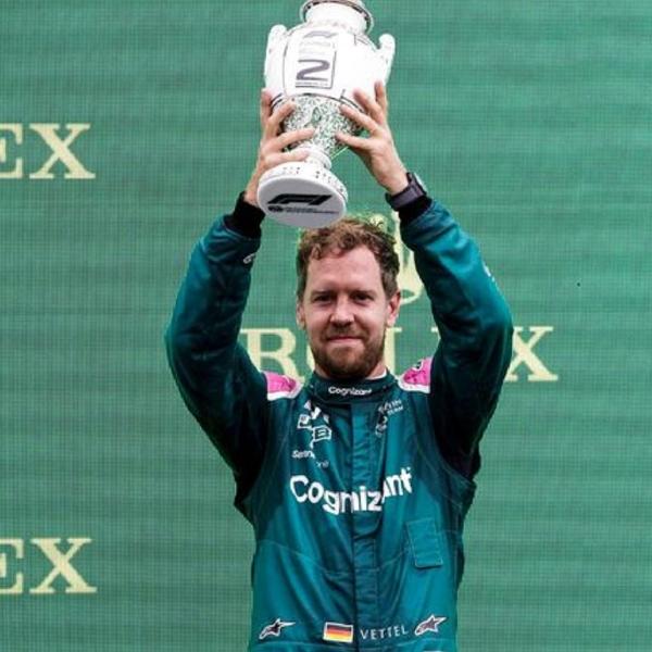 F1: Sebastian Vettel Ungkap Alasan Bertahan di Tim Aston Martin