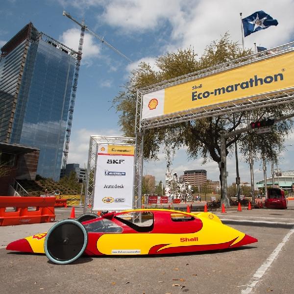 Tim Indonesia Jawara Shell Eco-Marathon Kunjungi Markas Scuderia Ferrari