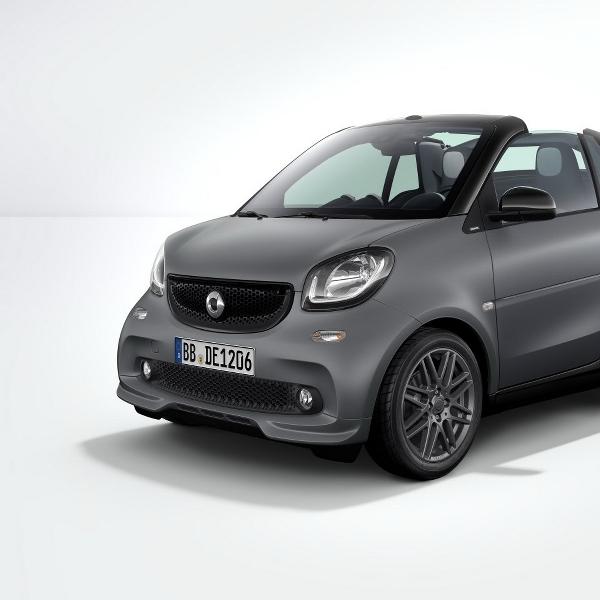 Paket Modifikasi Brabus untuk Smart Coupe & Roadster