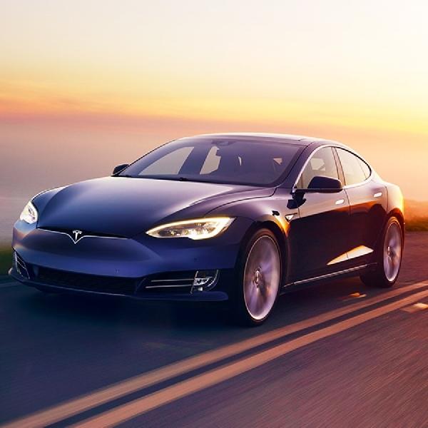 Elon Musk Jabat Kembali Posisi Pimpinan Tesla