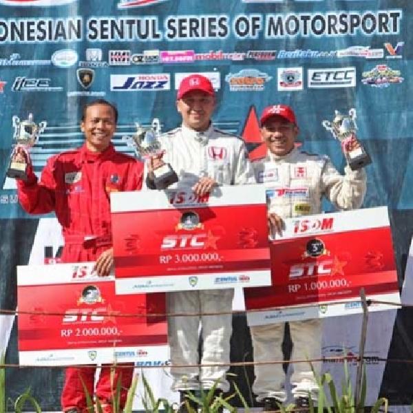 Honda Racing Indonesia Dominasi Penuh di ISSOM 2016 Putaran Ketiga