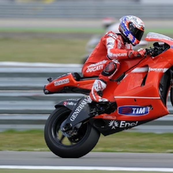 MotoGP: Stoner Mulai Geber Ducati Januari?