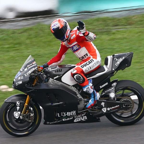 MotoGP: Stoner Paling Cepat di Sepang
