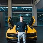Striker Juventus, Paulo Dybala Rayakan Gol ke-100 Dengan Lamborghini Aventador S Roadster