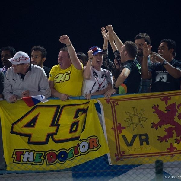 MotoGP: Rossi Kewalahan Atur Fansnya