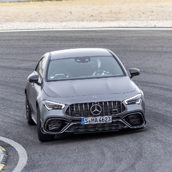 New Mercedes-AMG CLA 45 S 4MATIC+ Coupe:Sportscardi Kelas Mobil Kompak