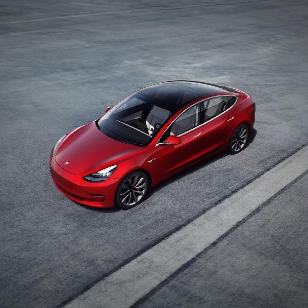 Duh, Tesla Model 3 Langka di Eropa