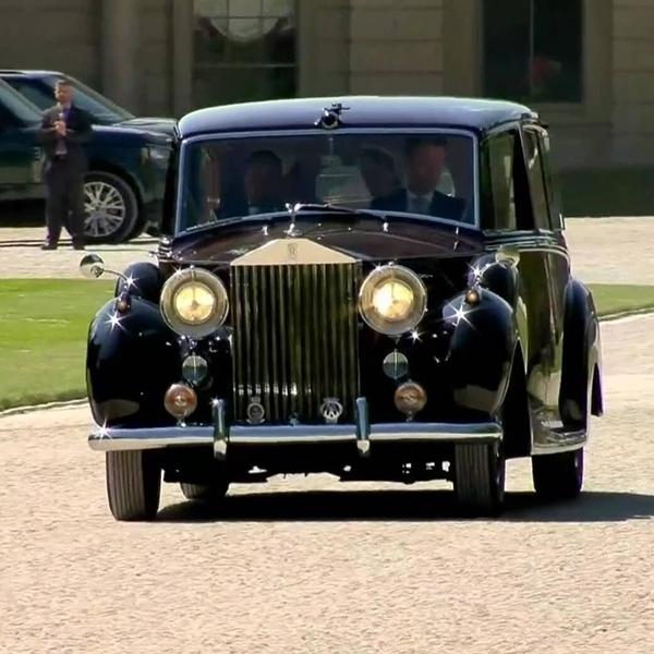 Meghan Markle Pakai Rolls-Royce Phantom IV di Royal Wedding