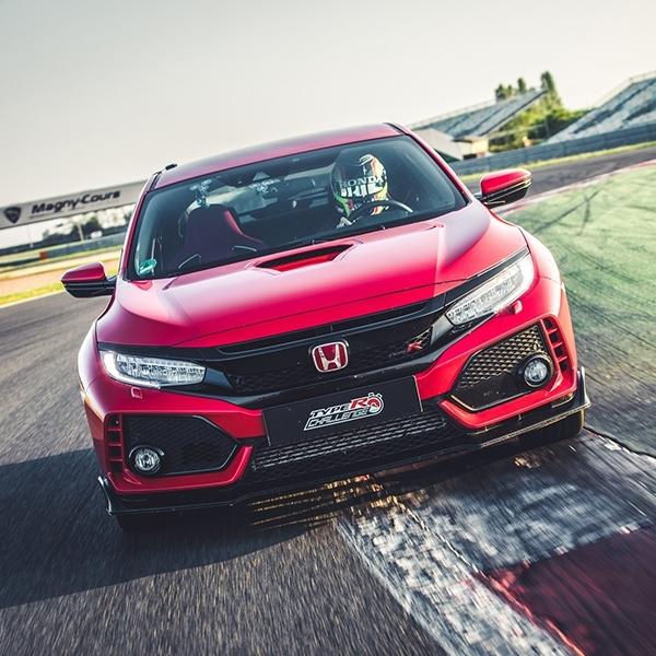 Pembuktian Performa Honda Civic Type R di Sirkuit Magny-Cours GP