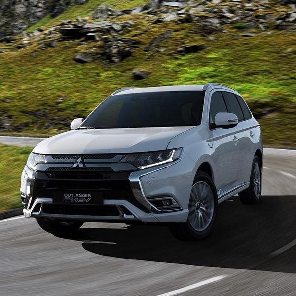 Mitsubishi PHEV Outlander 2019 Makin Bertenaga