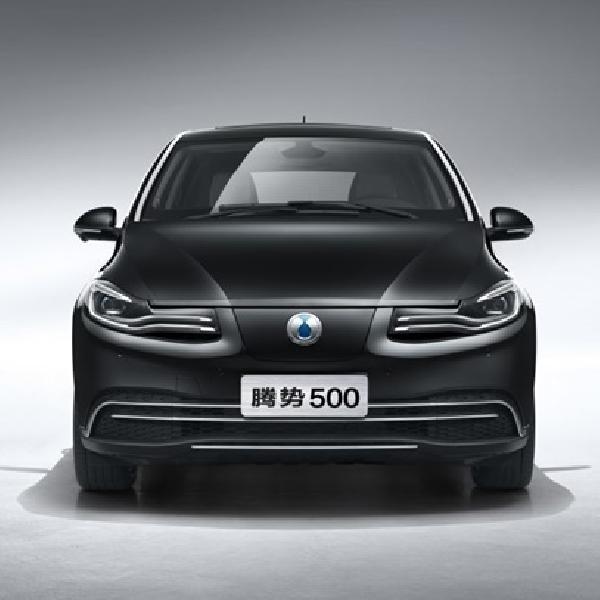 DENZA 500 Mobil Listrik Hasil Kerjasama Daimler dan BYD