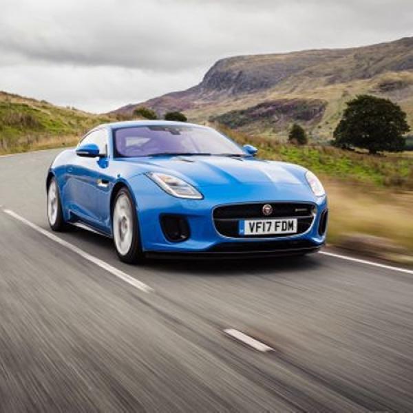 Ini Deretan Teknologi Terbaru di Jaguar F-TYPE 2019