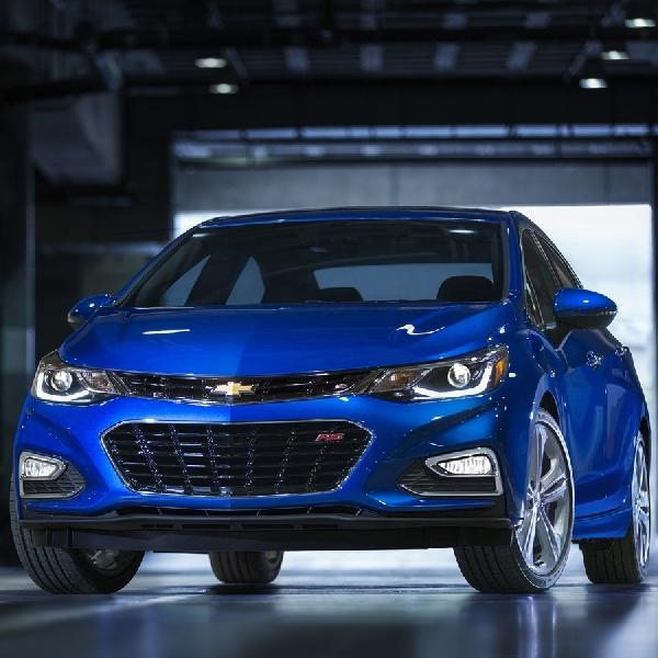 Melihat Spesifikasi Si Imut  Chevrolet Cruze And Spark 2019