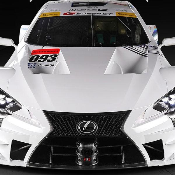 Tampang tajam Lexus LC 500 siap Balapan di Super GT