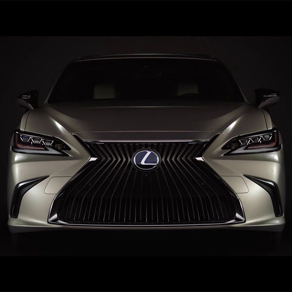 Keindahan Lexus ES 2019 Mulai Terkuak
