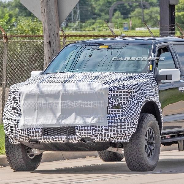Teaser Terungkap, Ford F-150 Raptor 2021 Debut Minggu Depan