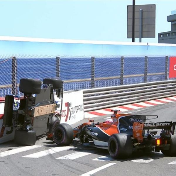 F1: Terjebak di Kokpit Wehrlein Salahkan Button