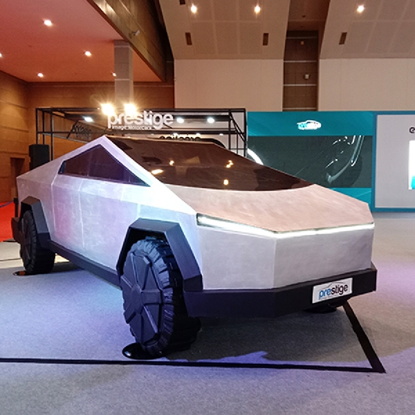 Tesla Cybertruck Mejeng di IIMS Hybrid 2021 dan Bisa Dipesan!
