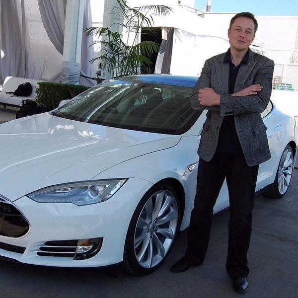 Tesla Memulai Peluncuran Full Self-Driving Beta, Begini Kata Elon Musk