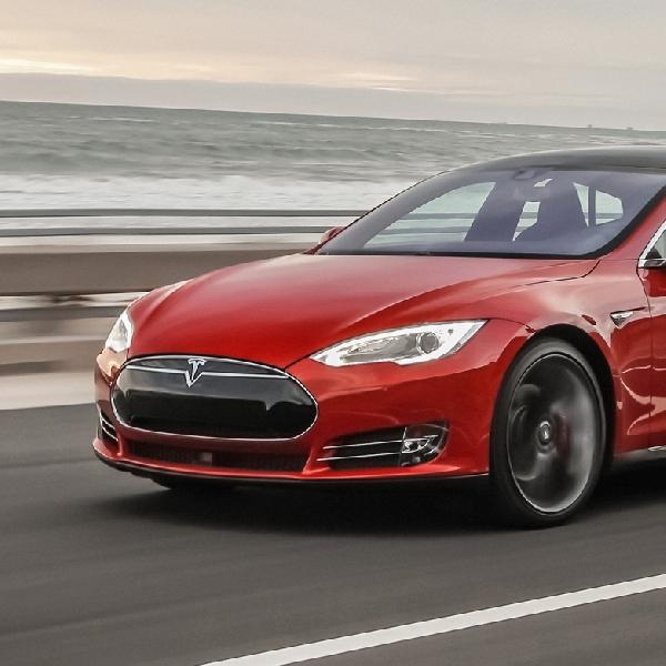 Aplikasi Pada Tesla Model S Bisa Temukan Mobil Setelah Dicuri