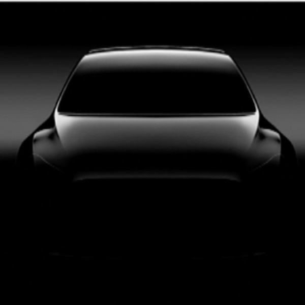 Tesla Berencana Produksi Model Y di Tahun 2020