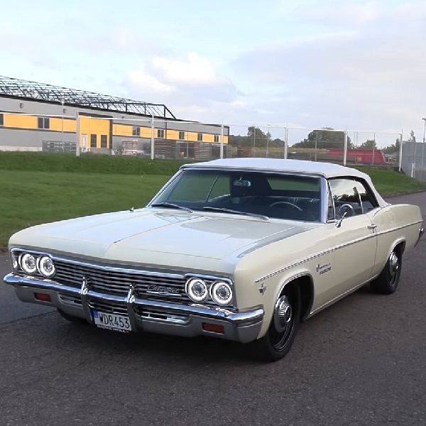 Klasik tapi Modern, Simak Tampilan Chevrolet Impala 1966 Bertenaga Tesla