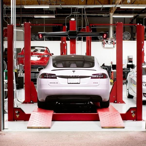 Tesla Tambah 100 Jaringan Dealer dan Service