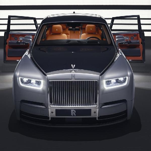 Rolls-Royce Phantom Jadi Studio Rekaman
