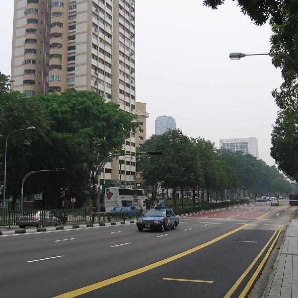Gilanya Harga Mobil di Singapura