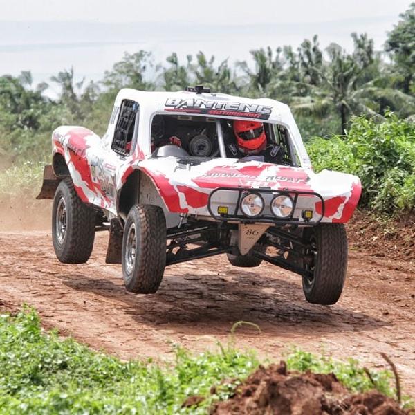 Bimo Pradikto Naik Podium di Pertamax Sprint Rally Championship 2016