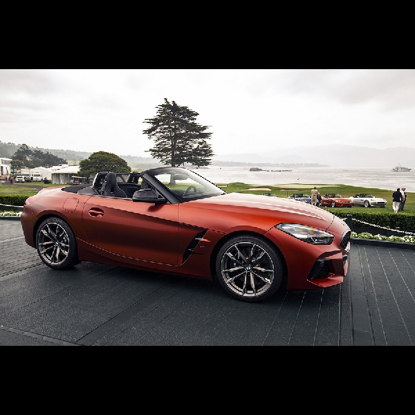 New BMW Z4 Hadir di Pebble Beach