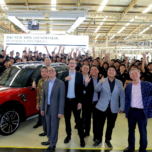 MINI Indonesia Rayakan Selesainya Perakitan Batch Pertama Indonesia-Assembled New MINI Countryman
